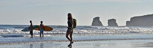 Les_spots_de_surf_de_Hendaye_c_CDT64_P.Gaillard.jpg